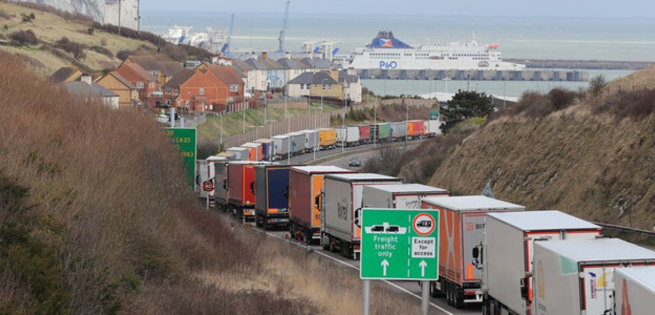 lorry queue Dover_hero
